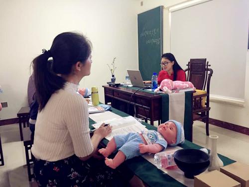 育嬰師中級上課花絮
