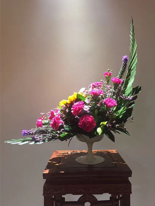 歐式花藝彎月型